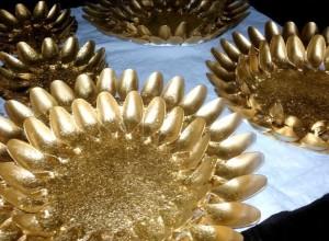 centro mesa dorado