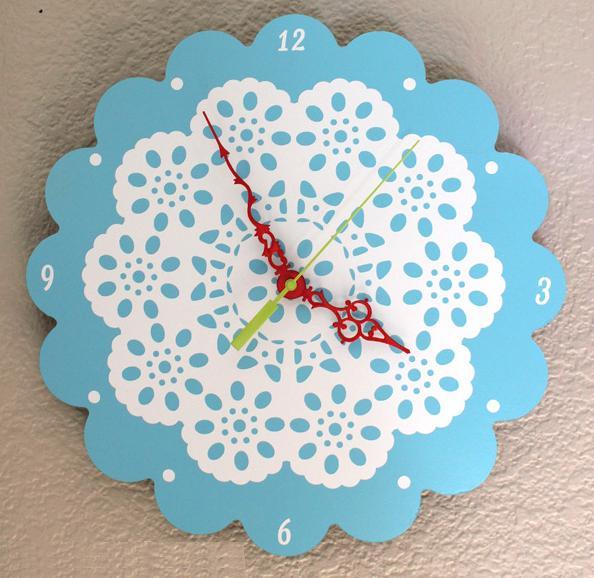 Como hacer reloj con madera y blondas - Hacer reloj de pared con fotos ...