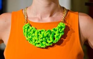 diy-collares-regalar-navidad 4-collar-neon