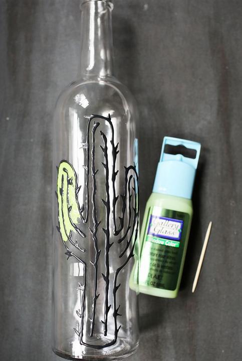pintar cactus en botellas vidrio 2
