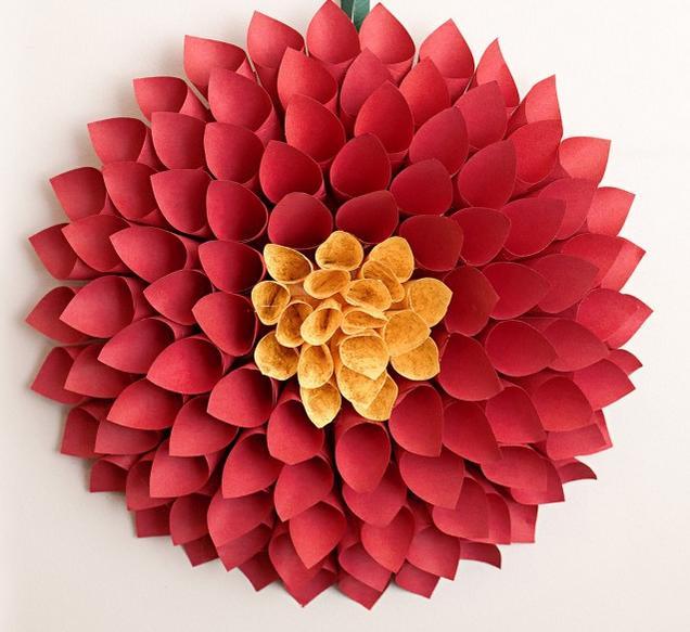 Como hacer flores dalia con papel for Mural de fotos en cartulina