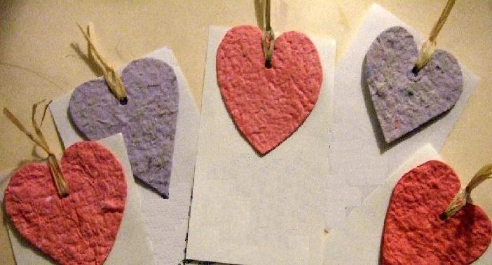 corazones papel reciclado dia san valentin