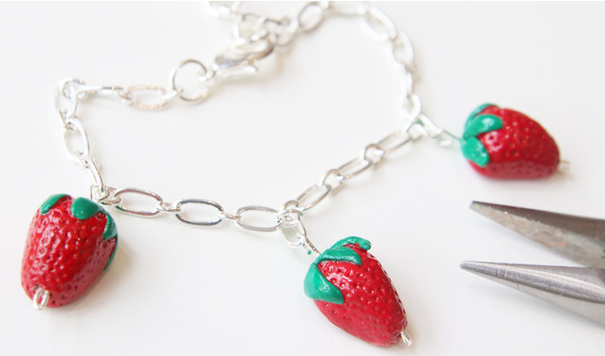 frutillas fresas porcelana brazaletes pulseras